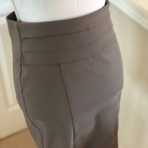 Grey Business Pencil Skirt - Size Small